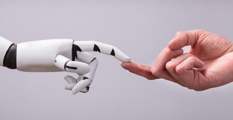 """机器人过程自动化与人工智能:业务流程自动化智能化"""""""